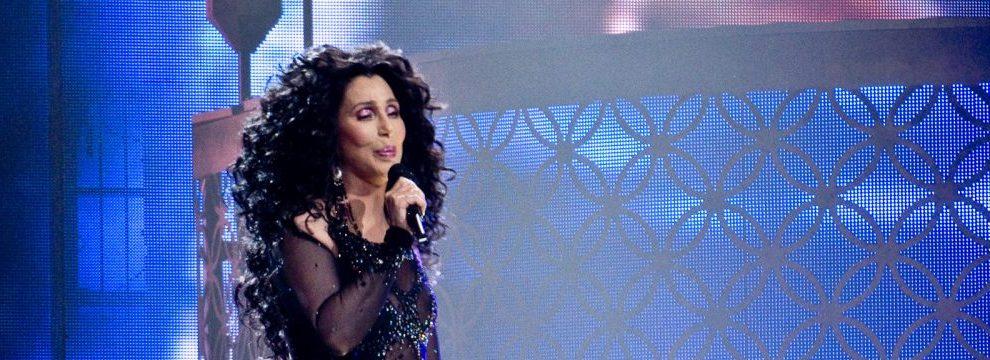 Zeventiger Cher blijft zingen