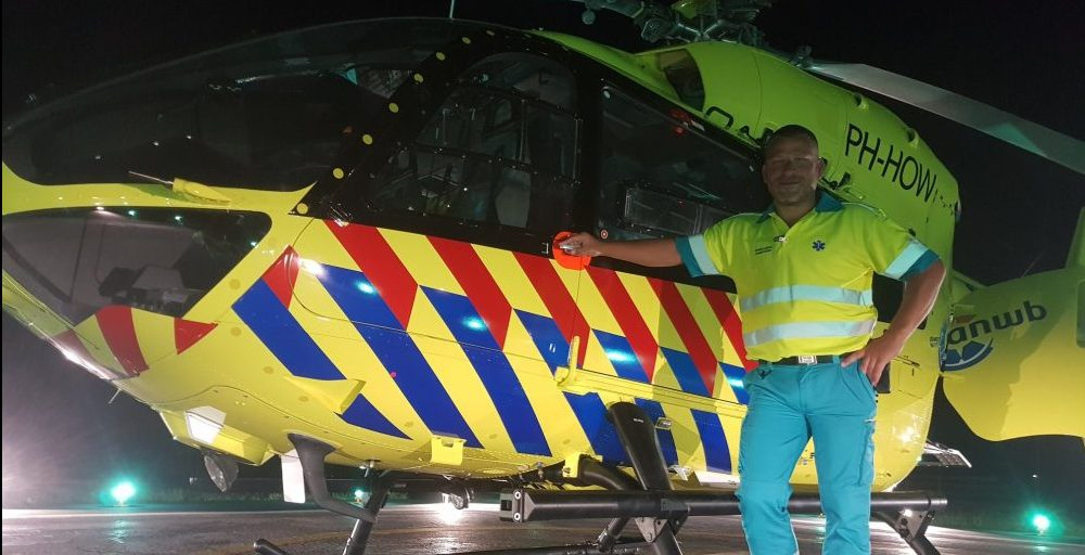 Uniek! 50+ kreeg een kijkje in de enige ambulancehelikopter van Nederland