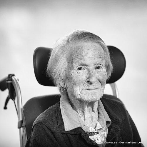 Foto-expositie: geen 'oude' maar trotse vrouwen in beeld