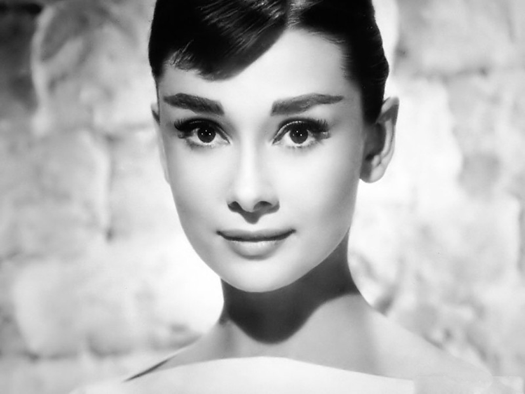 Tentoonstelling over de dame van The little black dress: Audrey Hepburn
