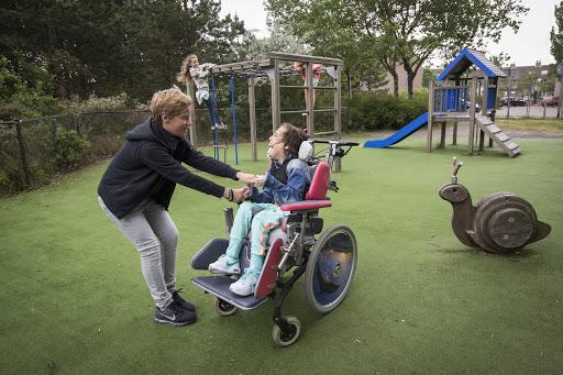 In 2025 hoeft geen gehandicapt kind meer alleen te spelen